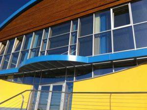 фото желтого фасада
